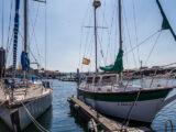 Barcos amarrados a puerto en Ferrol
